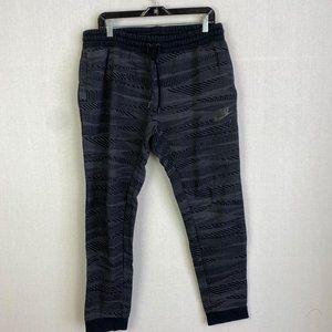 NIKE Pattern Fleece Lined Sweatpant